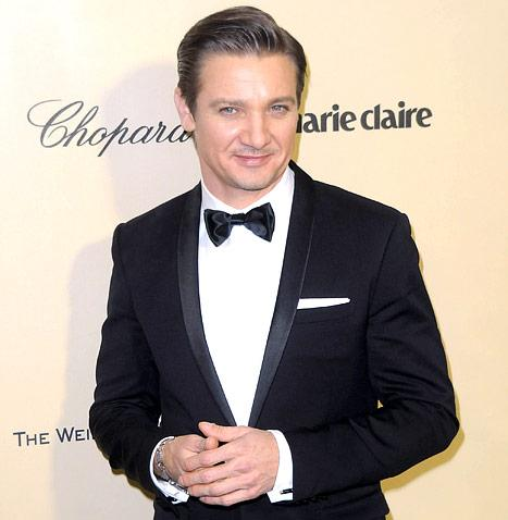 Jeremy Renner Is Going to Be a Dad, Ex-Girlfriend Is Pregnant!