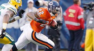 Bears RB Forte active for Monday night