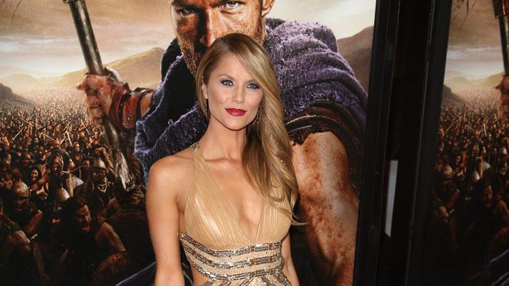 """Spartacus: War Of The Damned"" - Los Angeles Premiere - Arrivals: Ellen Hollman"