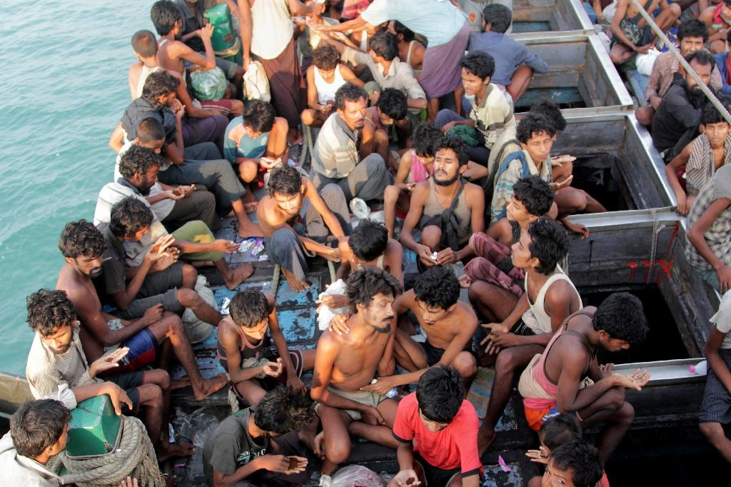 Malaysia orders boatpeople search as Myanmar hosts envoy talks
