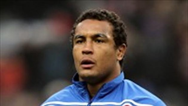 Thierry Dusautoir is eyeing an upset when France visit Twickenham