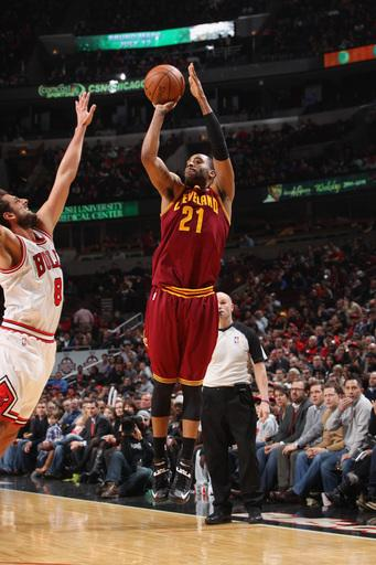 Cavs stop slide against Bulls with 101-98 victory