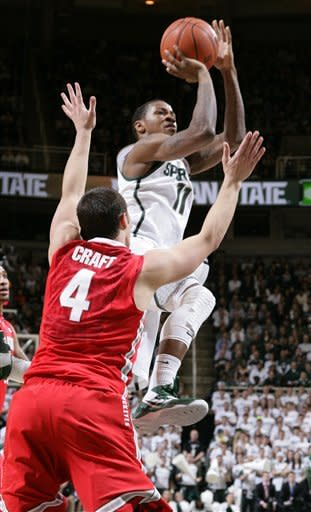 No. 18 Michigan St. beats No. 11 Ohio St. 59-56