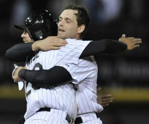 Gillaspie's RBI in 9th lifts ChiSox over Marlins