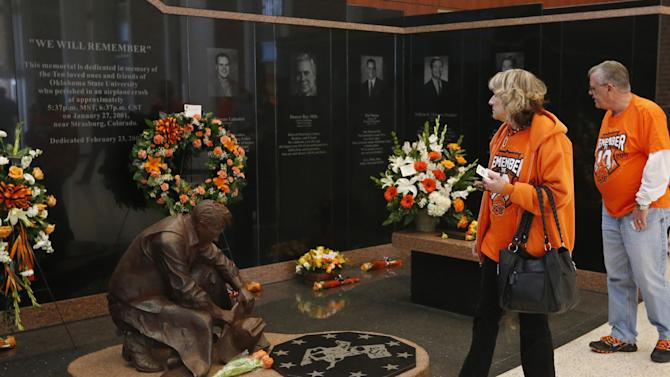 OSU remembers 10 who died in plane crash