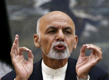 Pakistani, Afghan leaders discuss mending ties, reviving Taliban talks