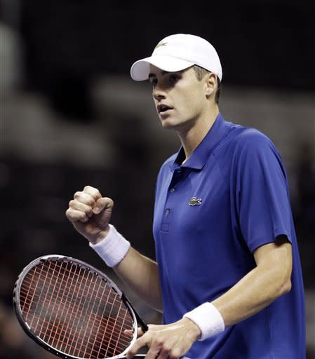 Isner powers past Pospisil in SAP Open