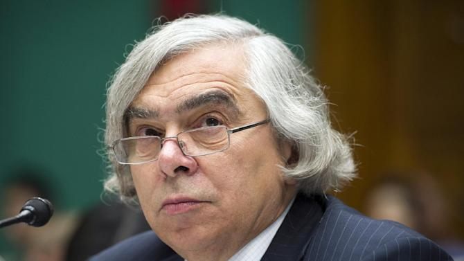Energy Secretary Ernest Moniz testifies before the House Subcommittee on Energy and Power on Capitol Hill, in Washington, Wednesday, Sept. 18, 2013. The energy panel meeting Wednesday comes just days before a deadline for the Environmental Protection Agency to release a revised proposal setting the first-ever limits on carbon dioxide from newly built power plants. (AP Photo/Cliff Owen)