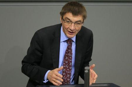 No signs of foul play in German Putin critic's death