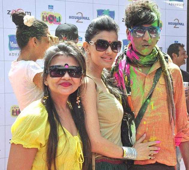 Celebs &amp; holi