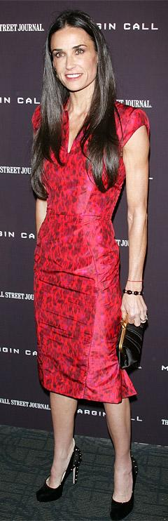Skinny Demi Moore Wears Wedding Ring at First Red Carpet Since Ashton Kutcher Scandal Broke