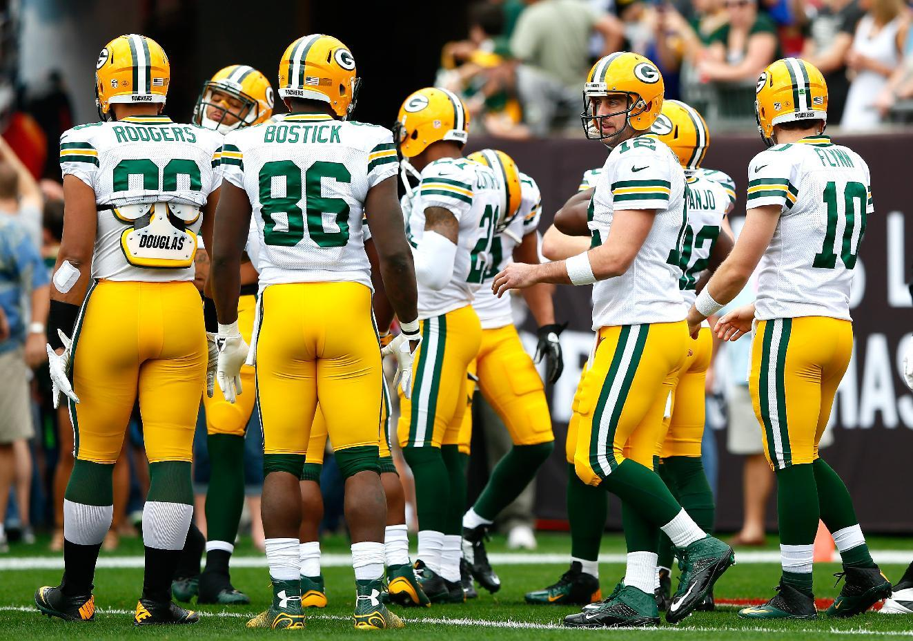 Packers face Lions in marquee matchup