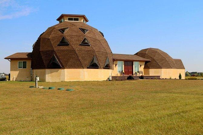 Futuristic Dome Home in Ohio Asks $375K