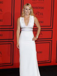 Olympic skier Lindsey Vonn arrives at the 2013 Council of Fashion Designers of America (CFDA) awards in New York June 3, 2013.  REUTERS/Lucas Jackson (UNITED STATES - Tags: FASHION ENTERTAINMENT SPORT)