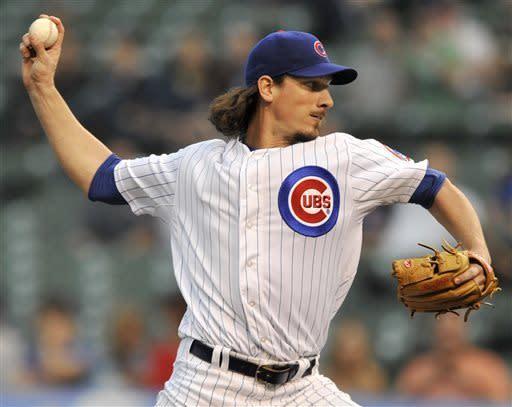 Samardzija homers, throws 8 innings in Cubs' win