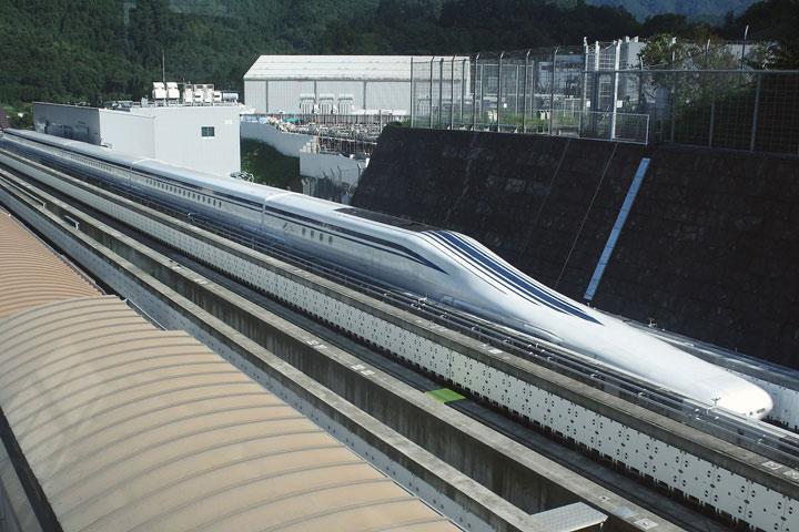 Japanese Maglev Train Sprints into Record Books at 366 MPH