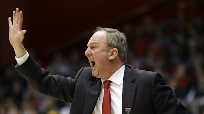Ohio State head coach Thad Matta calls a play against Iowa State in the first half of a third-round game of the NCAA college basketball tournament Sunday  March 24, 2013, in Dayton, Ohio.  (AP Photo/Al Behrman)