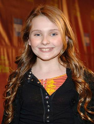 Abigail Breslin at the Santa Barbara Film Festival premiere of Universal Pictures' Definitely, Maybe – 01/24/2008 Photo: Ray Mickshaw, WireImage.com