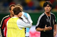 VIDEO: Joachim Low Fokus Laga Per Laga