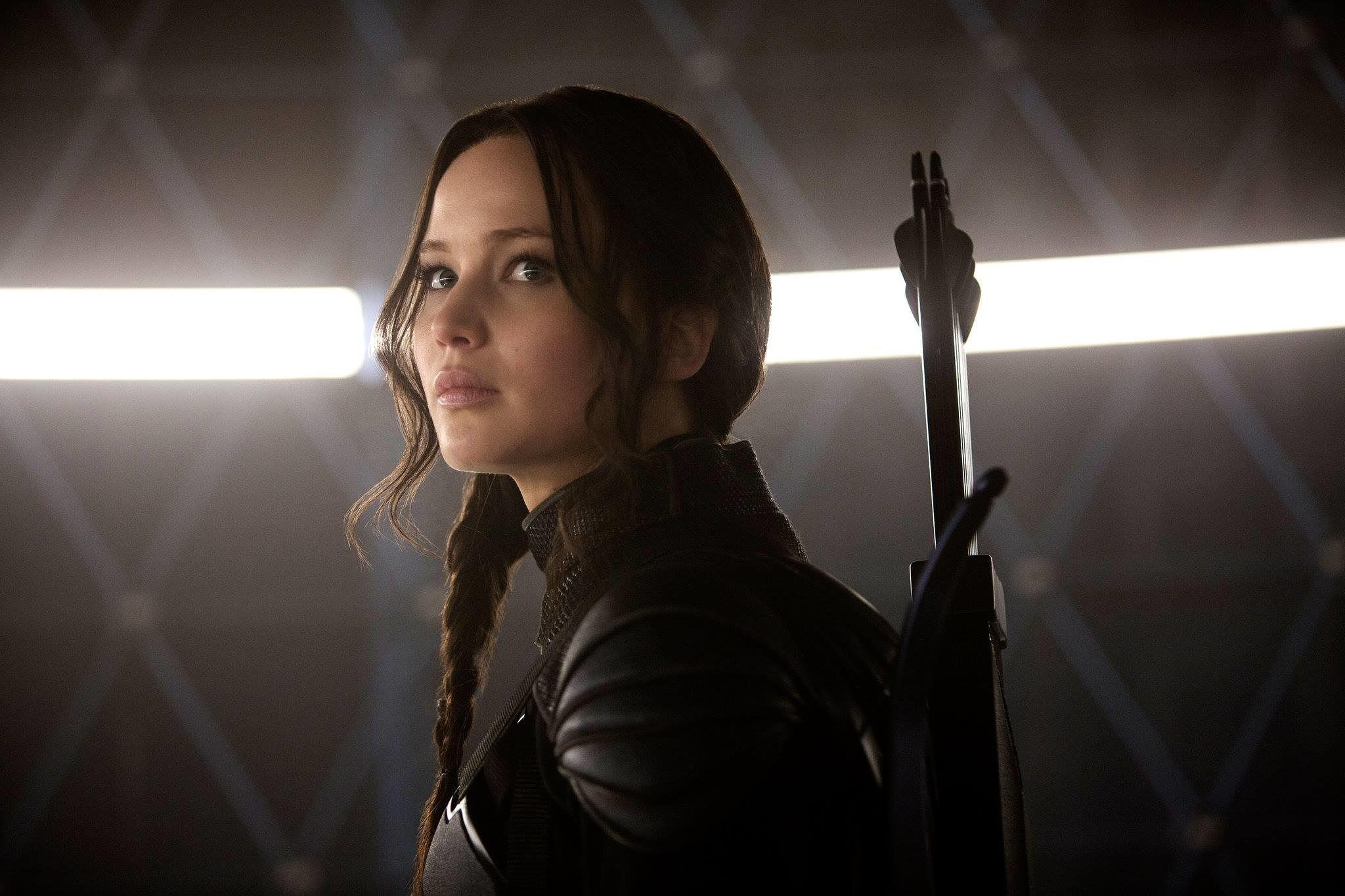 'Hunger Games' Feasts at Thanksgiving Box Office; 'Creed,' 'Dinosaur' Divide Leftovers