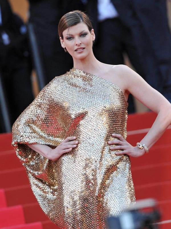 Linda Evangelista Demands $46,000 A Month In Child Support