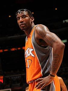 No lucky breaks for Stoudemire, Suns
