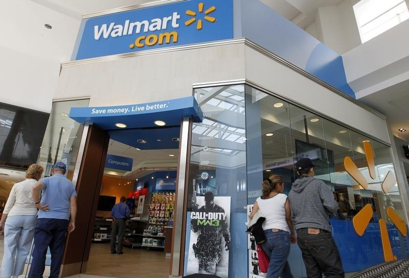 Walmart to stop selling assault rifles