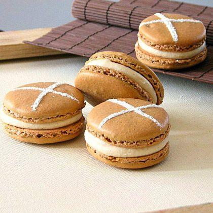 Hot Cross Bun Macarons