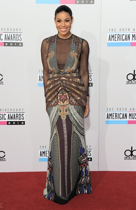 AMAs 2012: Jordin Sparks may have an amazing voice, but we think she got dressed in the dark. That netting! That pattern! No accessories! Argh, we need al lie down to recover from this fashion fail. C