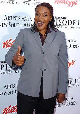 Premiere: CCH Pounder at the LA premiere of 20th Century Fox's Star Wars: Episode III - Revenge of the Sith - 5/12/2005