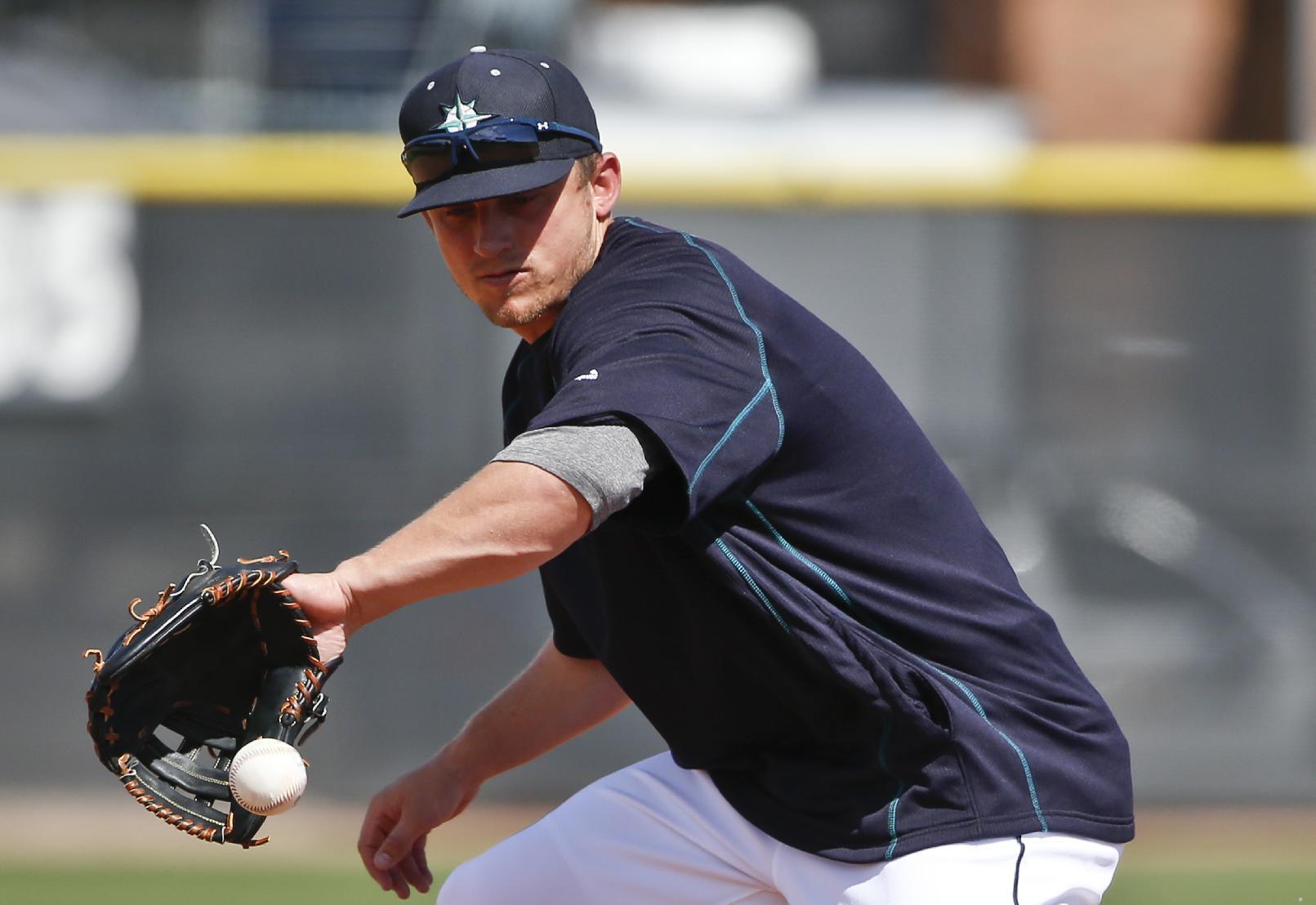 Hernandez throws 6 sharp innings in Mariners' loss to Royals