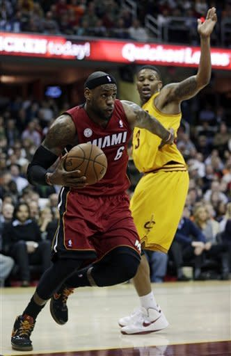 Heat run streak to 24 with huge comeback vs. Cavs