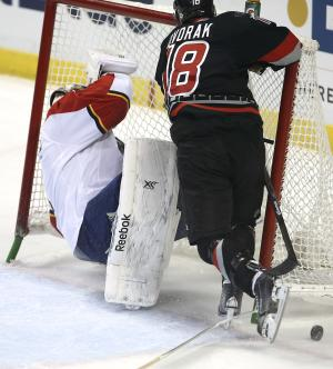 Tlusty's 2 goals lead Hurricanes past Panthers 3-0