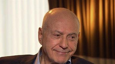 Alan Arkin: It Was 'Embarrassing' and 'Exciting' to Kiss Blake Lively