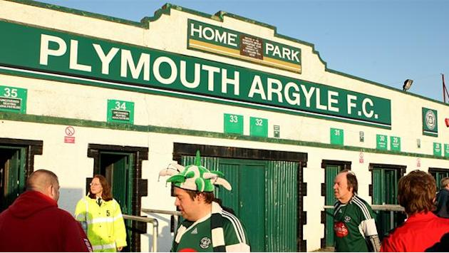 Football - Owers hails Argyle effort