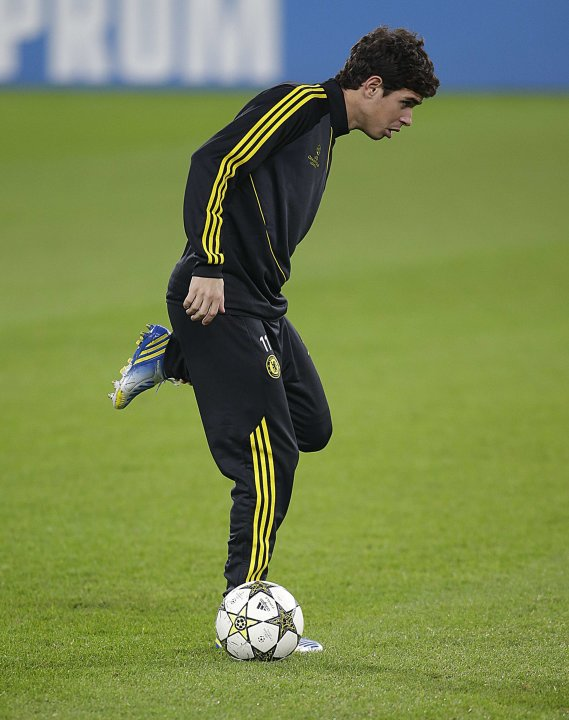 Chelsea's Oscar attends a training session at the Juventus stadium in Turin