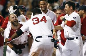 Napoli (2 HR), Red Sox beat Yankees 8-7 in 11