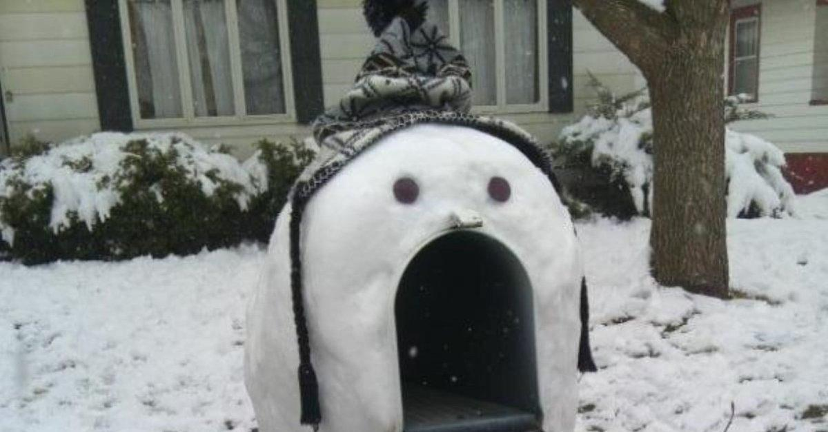 23 Snowmen Who Are Way Funnier Than Your Kids