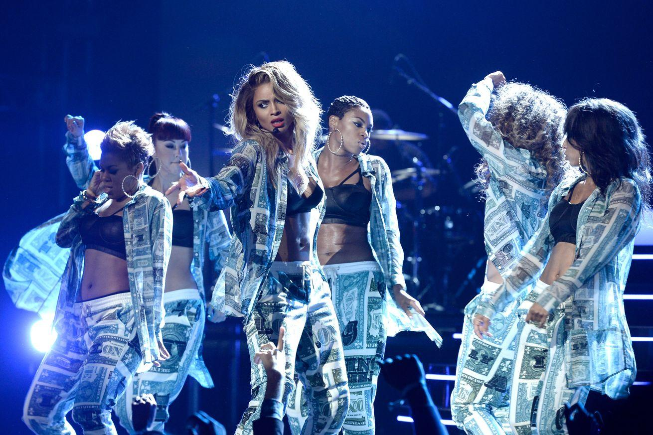 Ciara hits Future with $15 million libel suit over tweets