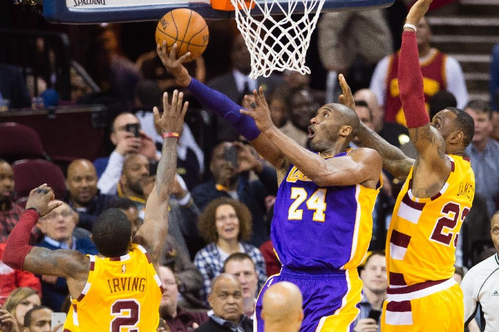 No mercy for Kobe in Cleveland farewell