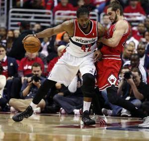 Bulls beat Wizards 100-97, trail series 2-1