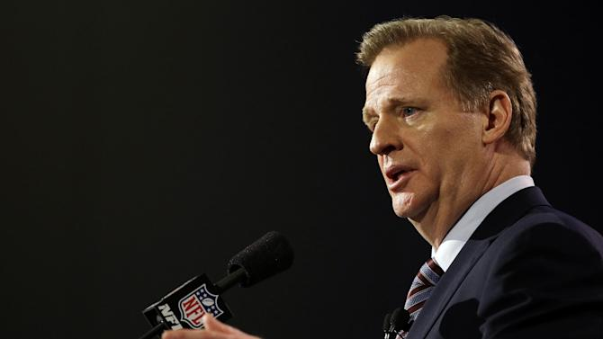 NFL salary cap increases $10 million to top $143 million
