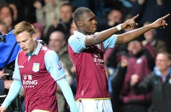Agent says Benteke is 'disgusted' by exit rumors
