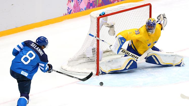 Ice Hockey - Winter Olympics Day 14 - Sweden v Finland