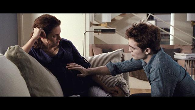 'Breaking Dawn - Part 1' Theatrical Trailer