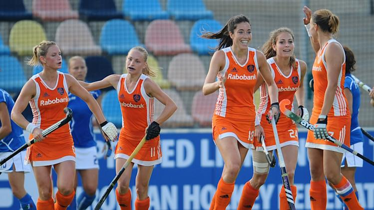 Netherlands v Italy - Women's EuroHockey 2011