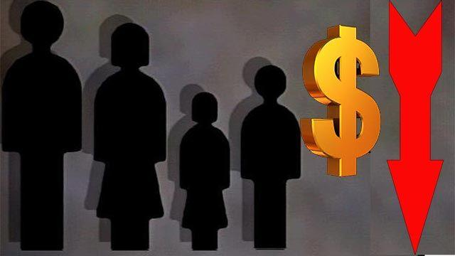 Survey: Annual household income on the decline