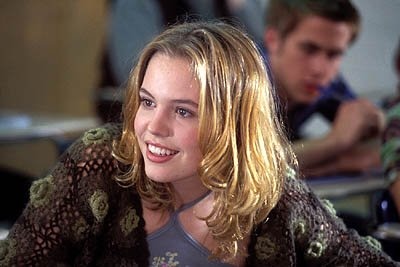 Agnes Bruckner as Lisa in Warner Brothers' Murder By Numbers