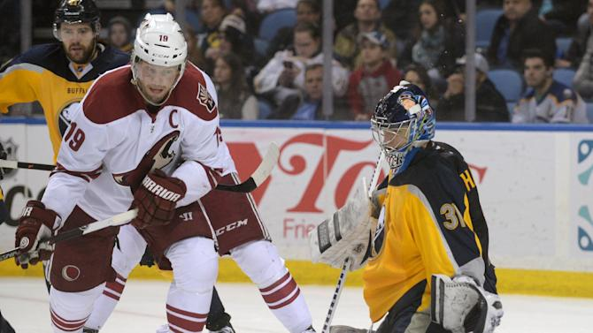 Gagner lifts Coyotes to 4-3 win over Sabres in OT