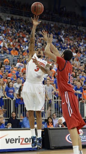 Murphy leads No. 4 Florida past No. 16 Ole Miss